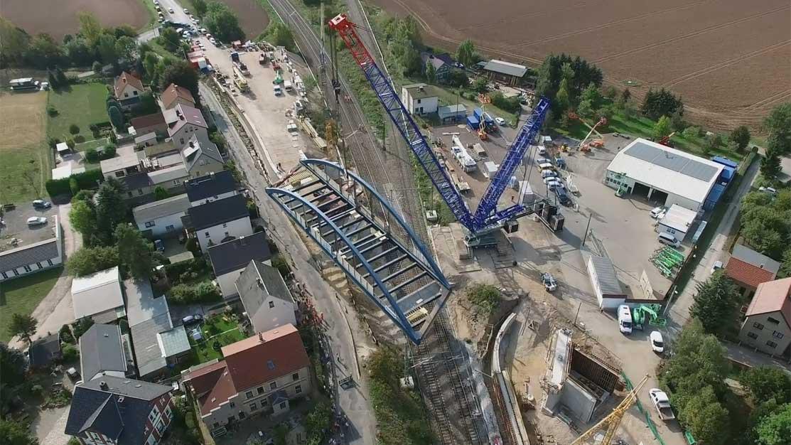 Dreh des Brückeneinhubes bei Lehndorf | Videoproduktion Sachsen